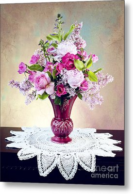 Metal Print featuring the photograph Shades Of Pink by Cheryl Davis