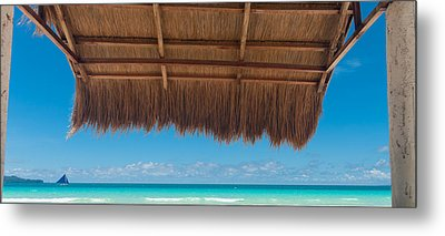 Metal Print featuring the photograph Shelter On Beach by Hans Engbers