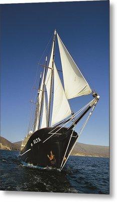 Ship Sailing Through The Galapagos Metal Print by Steve Winter