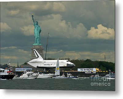 Shuttle Enterprise 3 Metal Print by Tom Callan