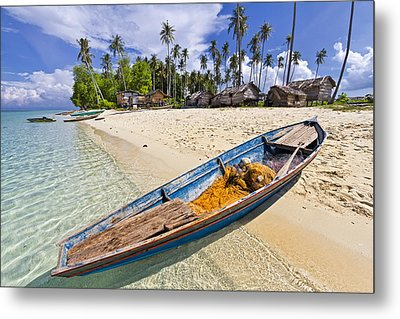 Sibuan Island Metal Print by Photography By Spintheday