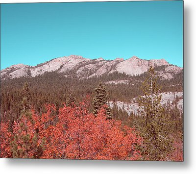 Sierra Nevada Mountain Metal Print
