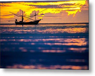 Silhouette Boat At Sea Metal Print by Arthit Somsakul