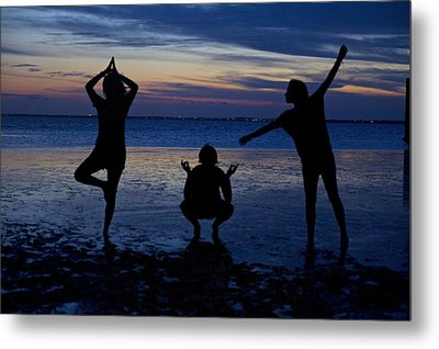 Silhouette Therapy Metal Print by Snow White