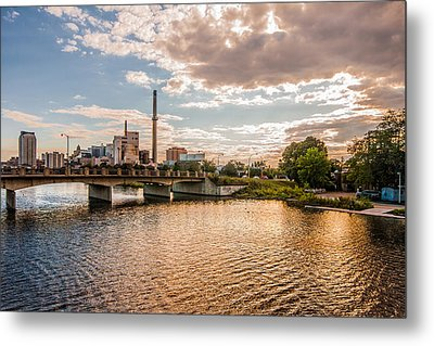 Metal Print featuring the photograph Silver Lake by Tom Gort