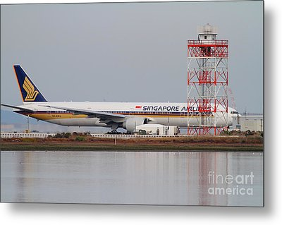 Singapore Airlines Jet Airplane At San Francisco International Airport Sfo . 7d12140 Metal Print by Wingsdomain Art and Photography