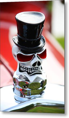 Skull With Top Hat Hood Ornament Metal Print by Garry Gay