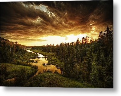 Sky Valley Metal Print