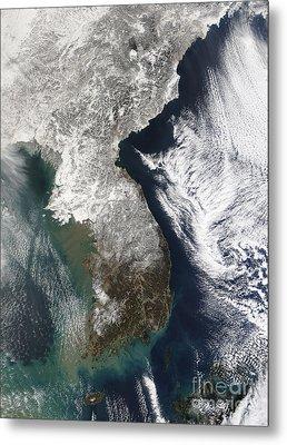 Snow In Korea Metal Print by Stocktrek Images