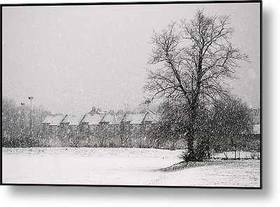 Metal Print featuring the photograph Snow Scape London Sw by Lenny Carter