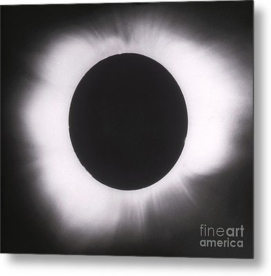 Solar Eclipse With Outer Corona Metal Print by Science Source