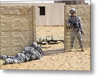 Soldiers Pull Security At A Mock Afghan Metal Print by Stocktrek Images