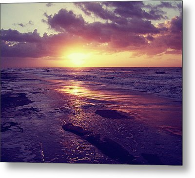 Metal Print featuring the photograph South Carolina Sunrise by Phil Perkins