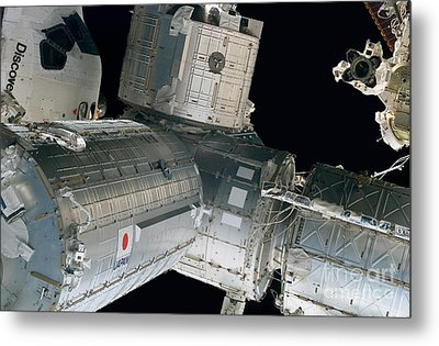 Space Shuttle Discovery And Components Metal Print by Stocktrek Images
