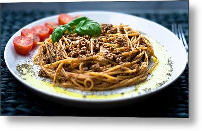 Spaghetti Bolognese Metal Print by Wojciech Wisniewski