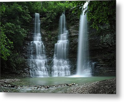 Springtime At Triple Falls Metal Print