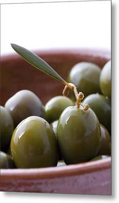 Still Life Of Spanish Campo Real Olives Metal Print by Frank Tschakert