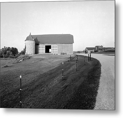 Stone Silo On Hiway C Metal Print by Jan W Faul