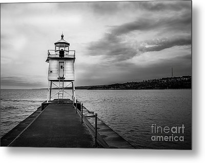 Stormy Lighthouse Metal Print by Perry Webster