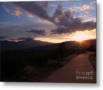Sundown Metal Print by Donna Parlow