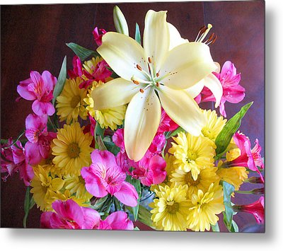 Sunny Bouquet Metal Print by Connie Fox