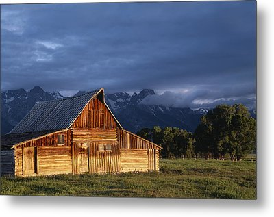 Sunrise On Old Wooden Barn On Farm Metal Print by Axiom Photographic