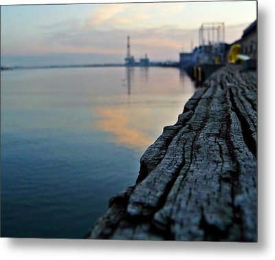 Sunrise On The Harbor Metal Print by John Collins