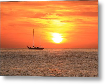 Sunrise On The Sea Of Cortez Metal Print by Roupen  Baker