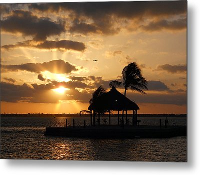 Metal Print featuring the photograph Sunrise Over Bay by Clara Sue Beym