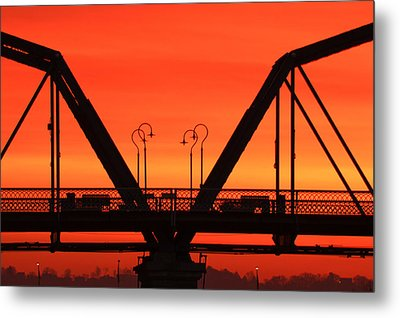 Sunrise Walnut Street Bridge Metal Print by Tom and Pat Cory