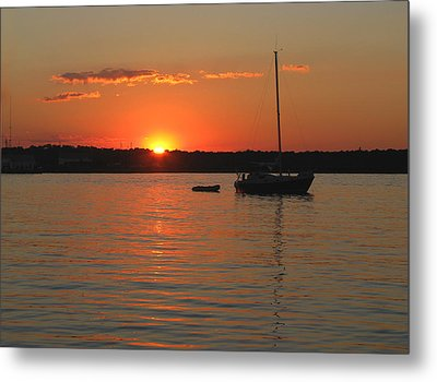 Metal Print featuring the photograph Sunset Cove by Clara Sue Beym
