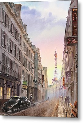 Sunset In Paris Metal Print by Irina Sztukowski