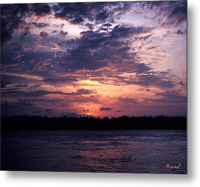 Metal Print featuring the photograph Sunset Off Mallory Square 14s by Gerry Gantt