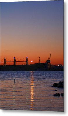 Sunset On The Detroit River Metal Print