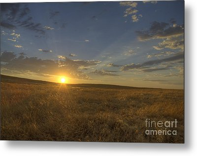 Sunset On The Prairie Metal Print by Jim And Emily Bush