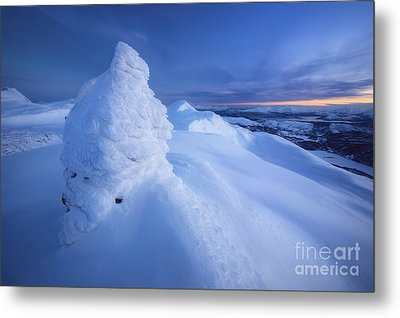 Sunset On The Summit Toviktinden Metal Print by Arild Heitmann