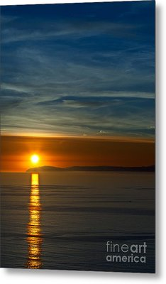Metal Print featuring the photograph Sunset Over Catalina by Sonny Marcyan