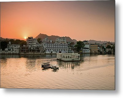 Sunset Over Pichola Lake In Udaipur. Metal Print by Ania Blazejewska