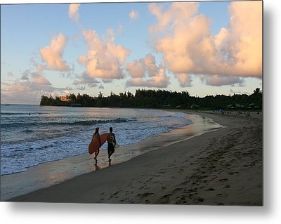 Metal Print featuring the photograph Sunset Surf by Lennie Green