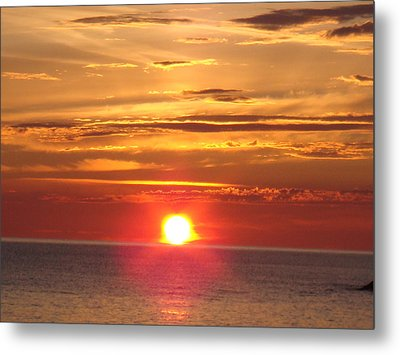 Metal Print featuring the photograph Superior Setting by Bonfire Photography