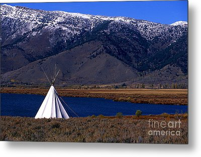 Tepee Metal Print by Barry Shaffer