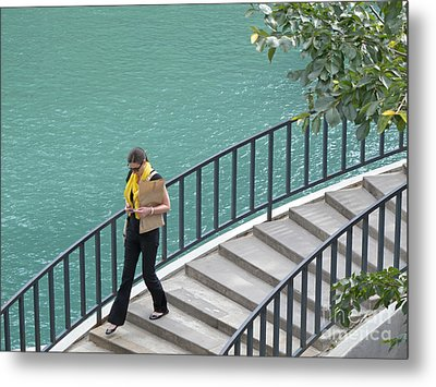 Texting As She Goes Metal Print by Ann Horn