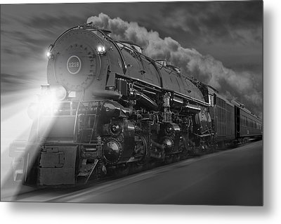 The 1218 On The Move Metal Print by Mike McGlothlen