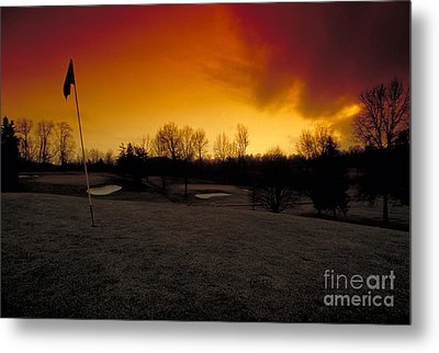 The 19th Hole Metal Print by Guy Harnett