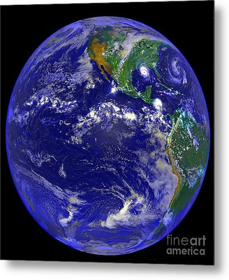 The Americas And Hurricane Andrew Metal Print