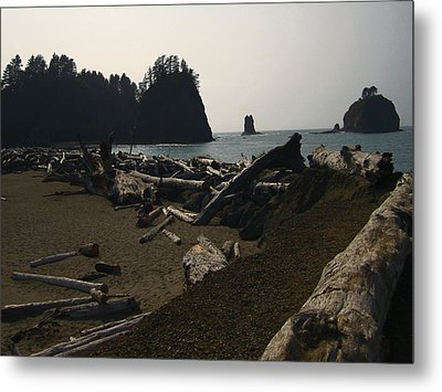 The Beach At Twilight Metal Print by Kym Backland