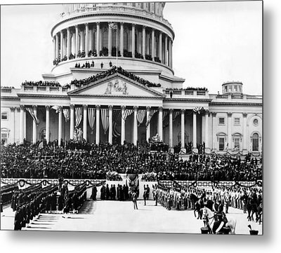 The Capitol Building In Washington Metal Print by Everett