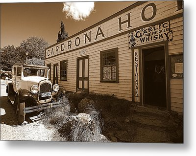 Metal Print featuring the photograph The Cardrona Hotel by Paul Svensen