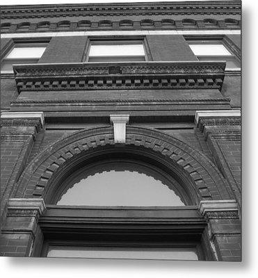 The Manley Popcorn Building Bw Metal Print by Elizabeth Sullivan