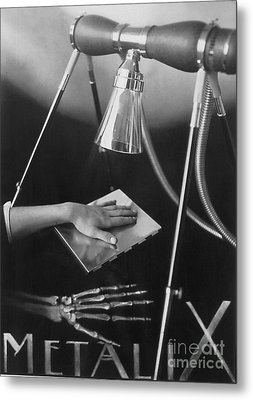 The Marvels Of Metalix 1930 Metal Print by Science Source